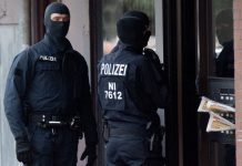 'Iranian spies' targeted in German police searches