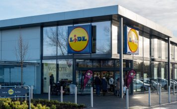 Discounter Lidl opens its 700th store in the UK